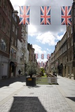 South Molton Street in Mayfair - One of the prettiest shopping streets I know